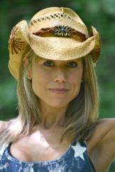 Lisa Lacey of Lisa Buys Austin Houses